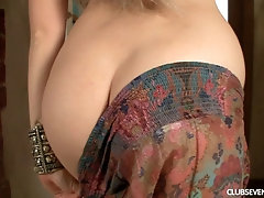 Barely legal Magda E shows off her tight tunnel of love